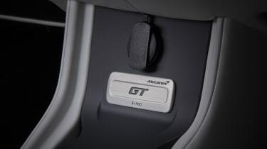 Mclaren GT MSO - badge