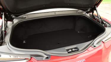 Lexus LC 500h - boot