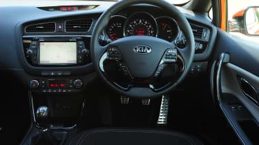 Kia Pro_cee'd 1.6 CRDi interior