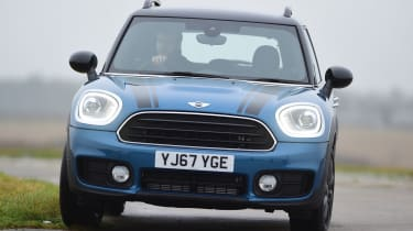 MINI Countryman - front action