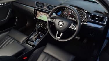 Skoda Superb 1.5 TSI - dash