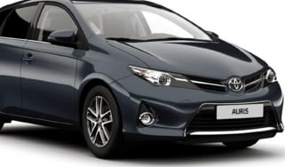Toyota-Auris-Icon-Plus-trim