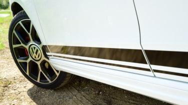 Volkswagen up! GTI side skirt