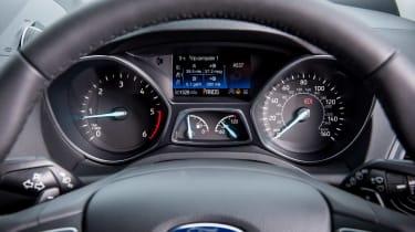 Used Ford Kuga Mk2 - dials