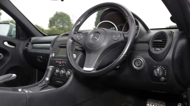 Used Mercedes SLK - dash