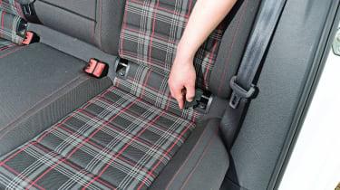 VW Golf GTI - Isofix