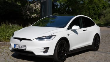 Tesla Model X - front static