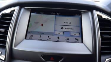 Ford Ranger - central screen