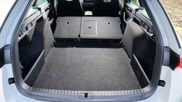 Skoda Octavia vRS diesel - boot seats down