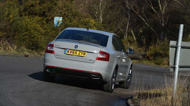 Skoda Octavia vRS 4x4 2016 UK - rear cornering