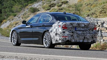 BMW 5 Series facelift - spyshot 6
