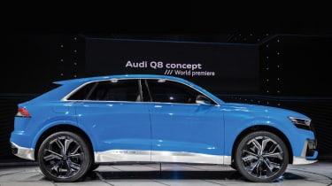 Audi Q8 concept - show side