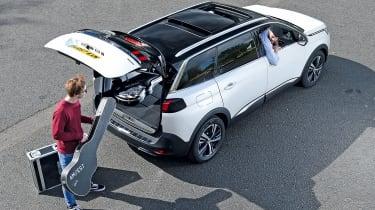 Peugeot 5008 GT Line - loading