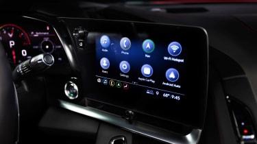Chevrolet Corvette - infotainment