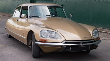 Electrogenic Citroen DS - front static