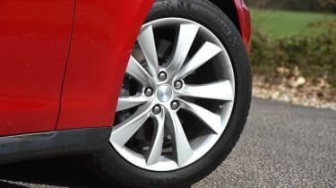 Tesla Model S long-term final report - wheel