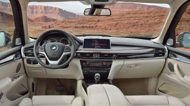 BMW X5 50i cabin