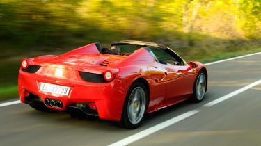 Ferrari 458 Spider rear tracking