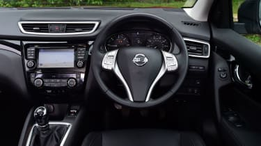 Nissan Qashqai 2016 - interior