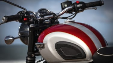 Triumph Bonneville T120 review - white and red tank