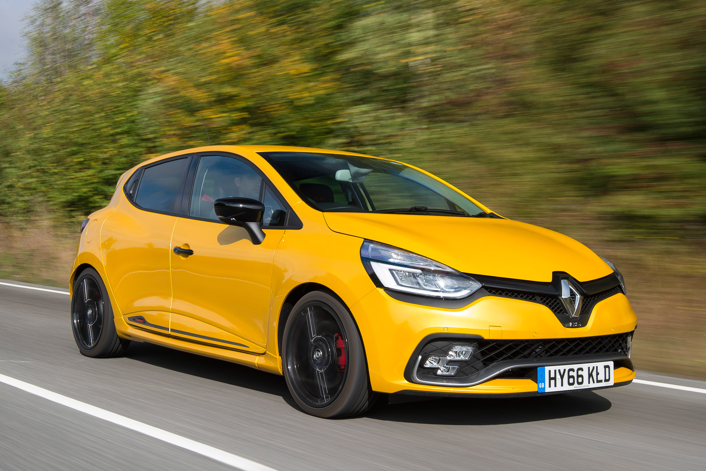 Renault Clio Rs Review Auto Express