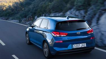 New Hyundai i30 2017 rear tracking