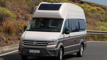 Volkswagen Grand California - front cornering