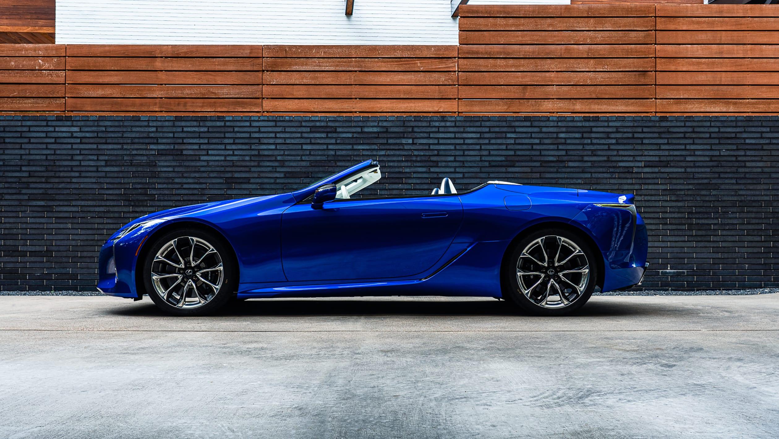 2016 - [Lexus] LC 500 - Page 8 Lexus%20LC%20500%20Convertible%20Regatta-4