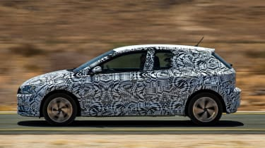 New Volkswagen Polo 2017 prototype panning