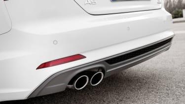 Audi A5 Cabriolet - exhaust