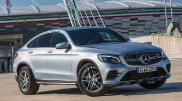 Mercedes GLC Coupe 2016 - front quarter 2