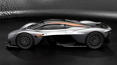 Aston Martin Valkyrie Spirit - side