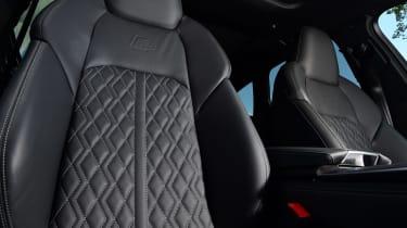 Audi S6 Avant - seat detail