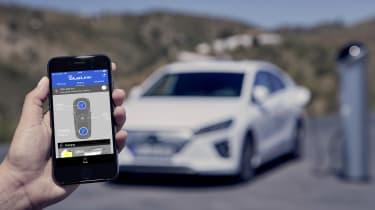 Hyundai Ioniq Electric - BlueLink