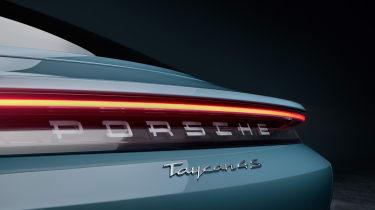 Porsche Taycan 4S - badge