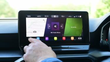 SEAT Leon e-Hybrid long termer - first report infotainment