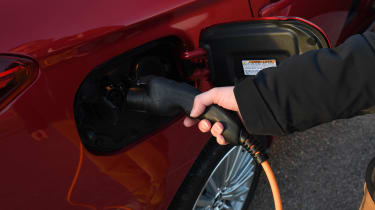 Mitsubishi Outlander PHEV - charging