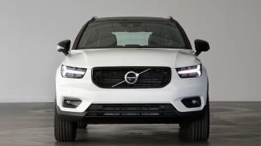 Volvo XC40 - Crystal White full front