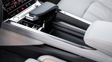 Audi e-tron - storage