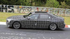 BMW 7 Series - side