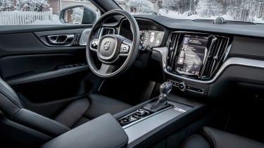 Volvo V60 Cross Country - cabin