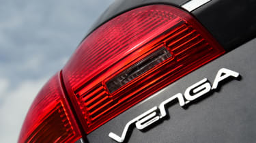 The Venga has a choice of engines depending on which trim you go for - the best is the 1.6 litre CRDi diesel only available on '3' and '4' trim levels.