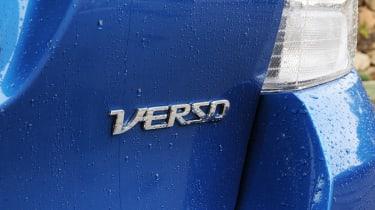 Toyota Verso badge