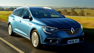 Renault Megane Sport Tourer - front tracking