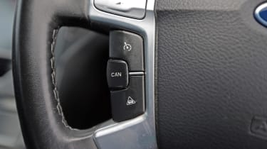 Used Ford Mondeo - steering wheel controls