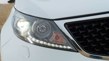 Used Kia Sportage Mk3 - front light