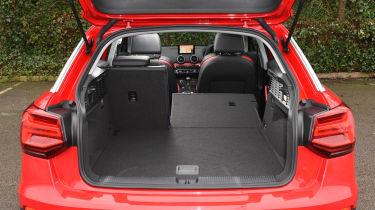 Audi Q2 - boot