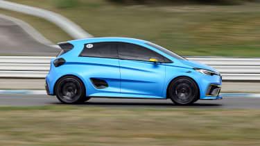 Renault ZOE E-Sport concept - side action