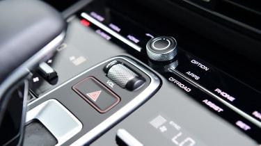 Porsche Cayenne Coupe - controls