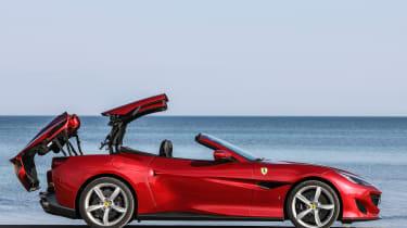 Ferrari Portofino - roof opening